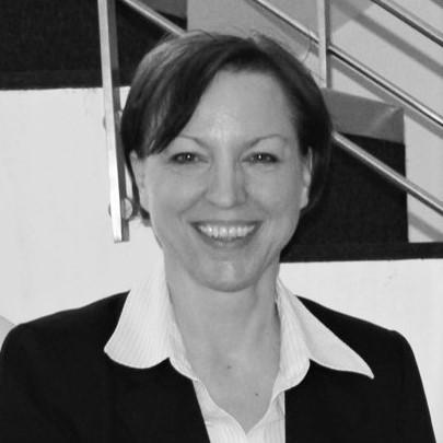 Christine Gediga, Fundraising und Öffentlichkeitsarbeit